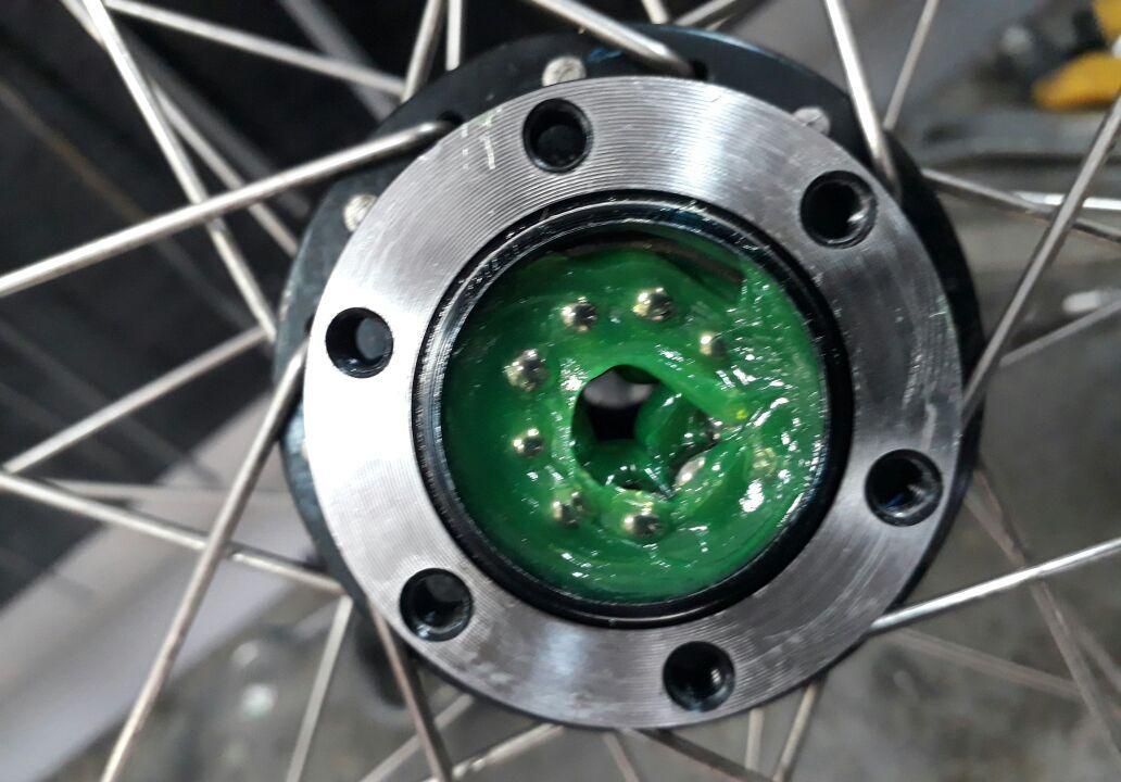 обслуживание рулевой велосипеда